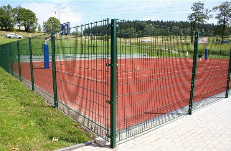 Спортивное ограждение для теннисного корта